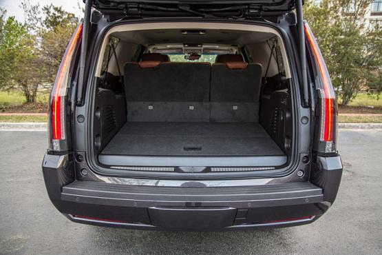 2017-cadillac-escalade-trunk-luxury-ride-nyc
