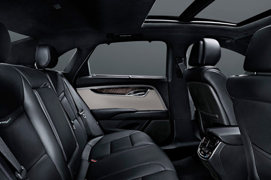 2016-cadillac-xts-interior-luxury-ride-usa