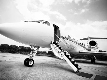 private-aviation-luxury-ride